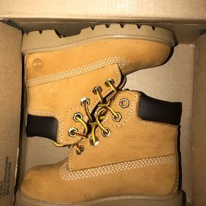 Toddler's size 6. Timberland Waterproof boots